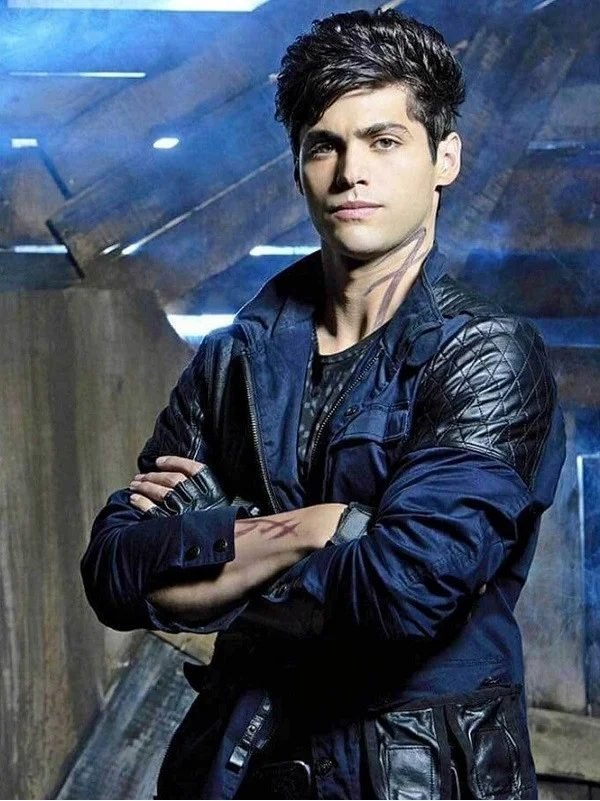 Matthew Daddario Shadow hunters Season 3 Jackets