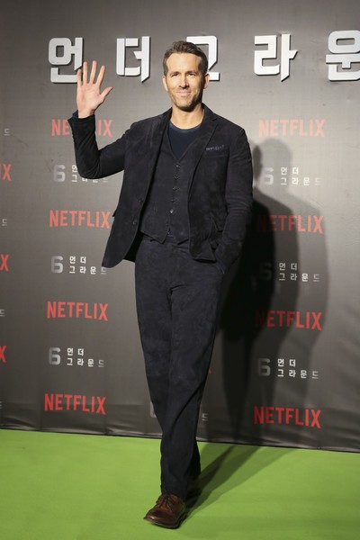 Netflix Ryan Reynolds 6 Underground EXO Obsession World Premiere Blue Suede Leather Jacket