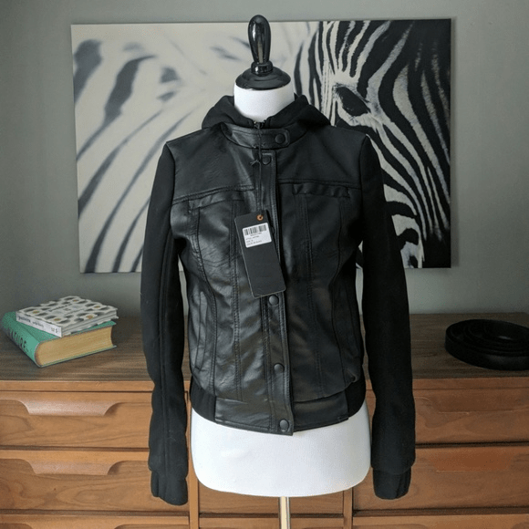 Womens Sweater Sleeves Leathers Jacket